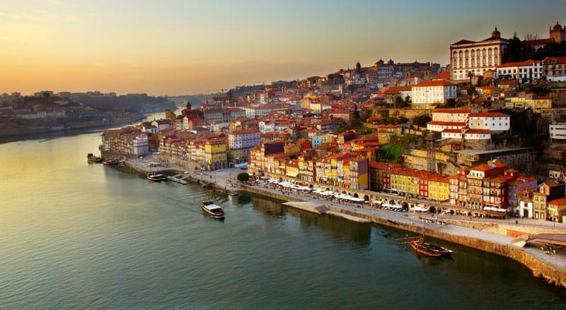 Porto ligger ved udmundingen af Dourofloden