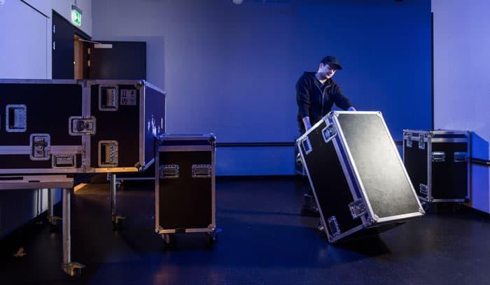 Flightcases er ofte isolerede robuste kasser til følsomt musikudstyr.